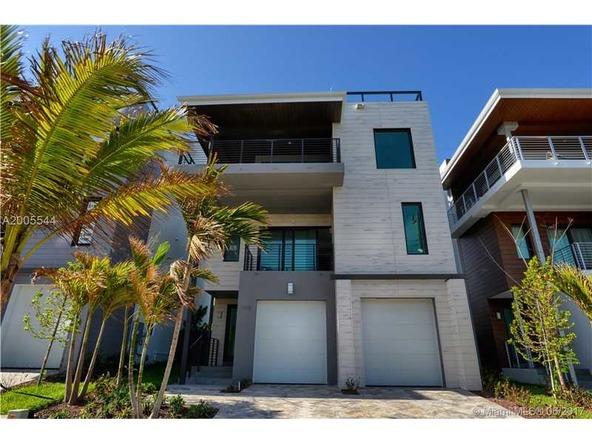 346 Balboa St., Hollywood, FL 33019 Photo 14