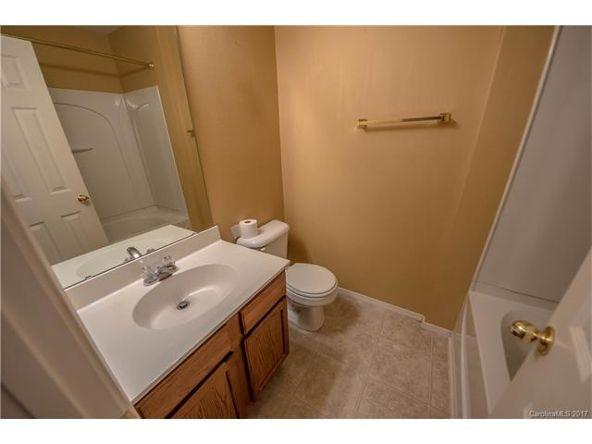8436 Redding Glen Avenue, Charlotte, NC 28216 Photo 11