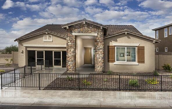 25226 North 106th Drive, Peoria, AZ 85383 Photo 4