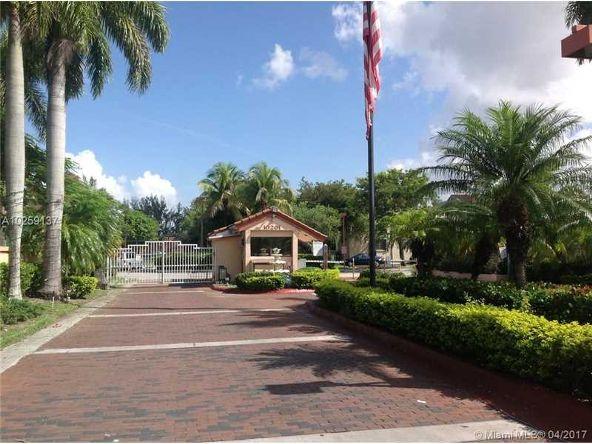 10229 N.W. 9th St. Cir. # 114-2, Miami, FL 33172 Photo 3