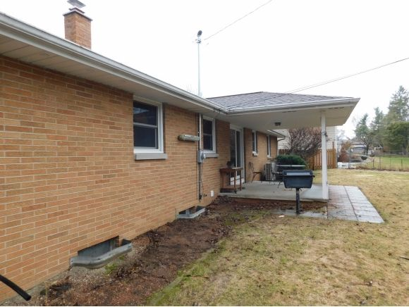 1442 Servais St., Green Bay, WI 54304 Photo 7