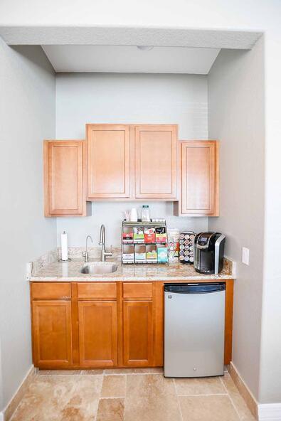 944 Cypress Village Blvd., Ruskin, FL 33573 Photo 12