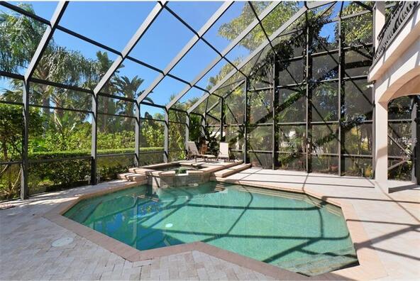 7041 Beechmont Terrace, Lakewood Ranch, FL 34202 Photo 2