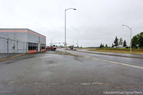 2410 Commercial Dr., Anchorage, AK 99501 Photo 2