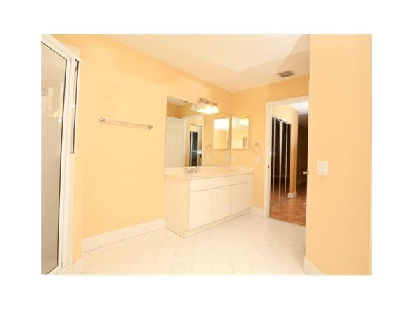 7290 N.W. 107 Pl., Doral, FL 33178 Photo 13