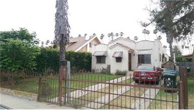 4427 S. Wilton Pl., Los Angeles, CA 90062 Photo 2