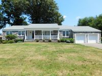 Home for sale: 21 Craig Pl., Fairfield, NJ 07004