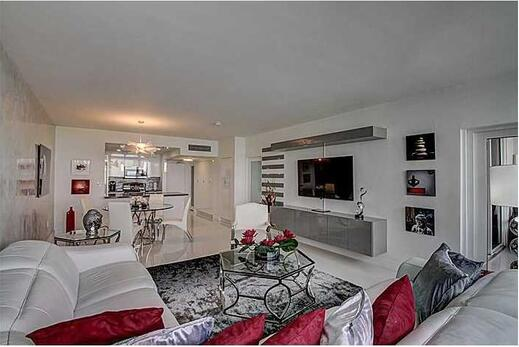 10275 Collins Ave. # 1526, Bal Harbour, FL 33154 Photo 8