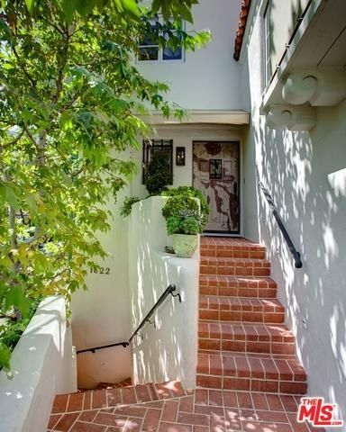 1822 Courtney Terrace, Los Angeles, CA 90046 Photo 3