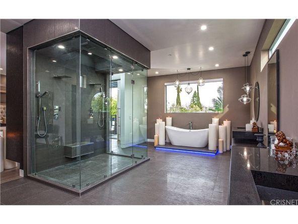 630 N. Martel Avenue, Los Angeles, CA 90036 Photo 30