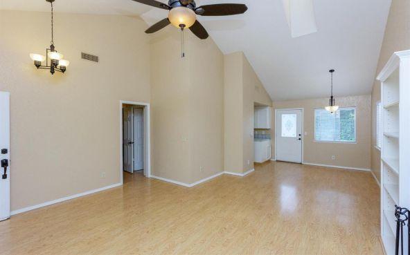 5392 N. Aurora Avenue, Fresno, CA 93722 Photo 3