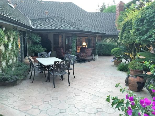 2555 W. Bluff Avenue, Fresno, CA 93711 Photo 9