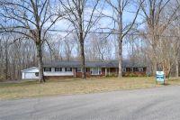 Home for sale: 124 Cedar Hill Dr., Waverly, TN 37185
