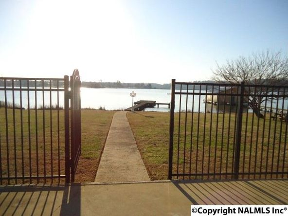8002 Val Monte Dr., Guntersville, AL 35976 Photo 5