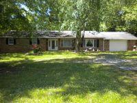Home for sale: 1325 Hwy. 142, Eldorado, IL 62930