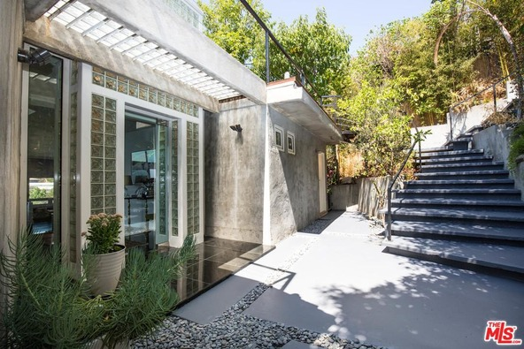 8406 Hollywood, West Hollywood, CA 90069 Photo 37