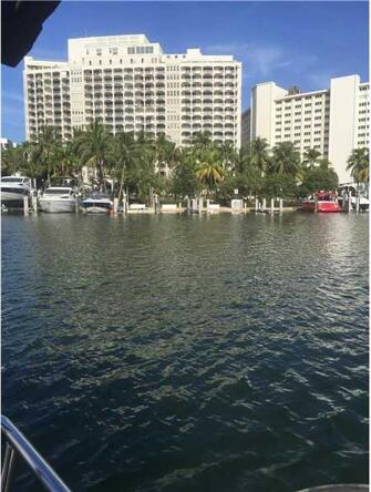 5401 Collins Ave. # 828, Miami Beach, FL 33140 Photo 18