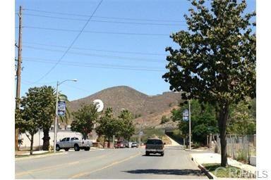 415 N. Main St., Lake Elsinore, CA 92530 Photo 4