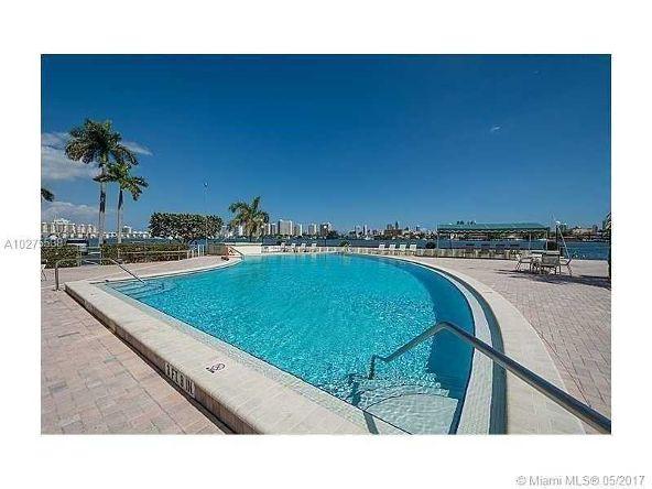 16546 Northeast 26th Ave., North Miami Beach, FL 33160 Photo 37
