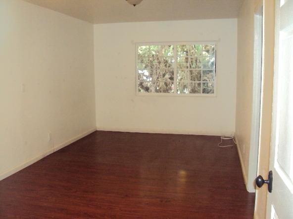 405 S. 3rd Ave., La Puente, CA 91746 Photo 10