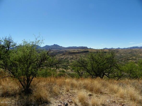 594 Camino Kansas, Rio Rico, AZ 85648 Photo 2