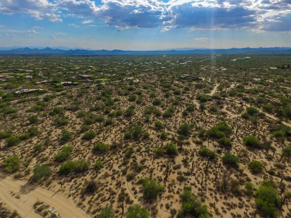 9320 E. Jomax Rd., Scottsdale, AZ 85262 Photo 29