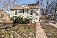 Home for sale: 113 East Taylor St., Grant Park, IL 60940