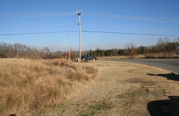 665 S. Hogan Ln., Conway, AR 72034 Photo 14