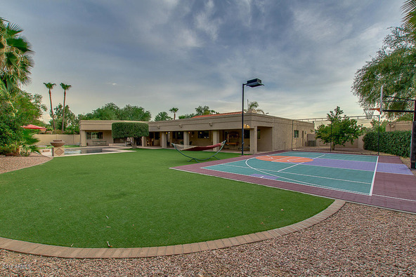 10685 E. Gold Dust Avenue, Scottsdale, AZ 85258 Photo 2