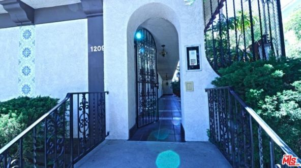 1209 Larrabee St., West Hollywood, CA 90069 Photo 3
