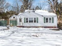 Home for sale: 3 Windsor Ln., East Northport, NY 11731
