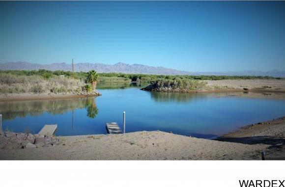 8009 S. Carob Dr., Mohave Valley, AZ 86440 Photo 9