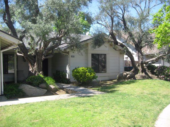 8295 N. Sherman Avenue, Fresno, CA 93720 Photo 3