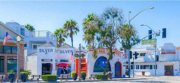 603 E. Balboa Blvd., Newport Beach, CA 92661 Photo 5