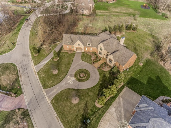 8211 Pine Hollow Trail, Grand Blanc, MI 48439 Photo 46