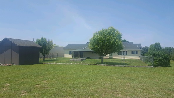 10468 S.W. Sunflower Dr., Pratt, KS 67124 Photo 36