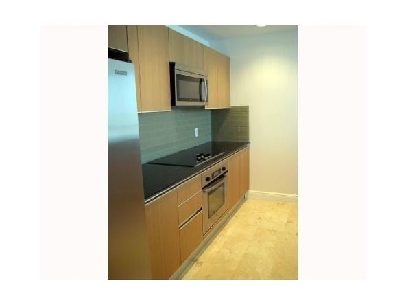 1050 Brickell Ave., Miami, FL 33131 Photo 5