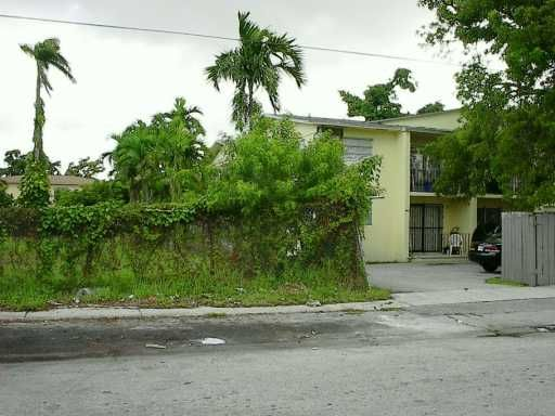 1942 Northwest 30 St., Miami, FL 33142 Photo 7