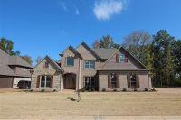 Home for sale: 124 Ravenwood Dr., Jackson, TN 38305
