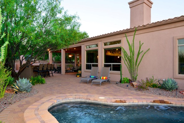 12387 N. Tall Grass Dr., Oro Valley, AZ 85755 Photo 4