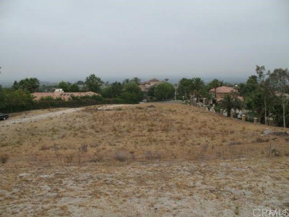 7230 Chabot Ct., Riverside, CA 92506 Photo 10
