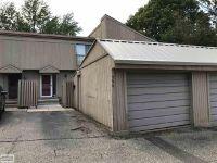 Home for sale: 794 Oakbrook Ridge, Rochester Hills, MI 48307