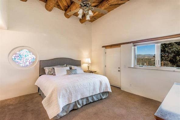 16 Camino Estrellas, Santa Fe, NM 87508 Photo 12