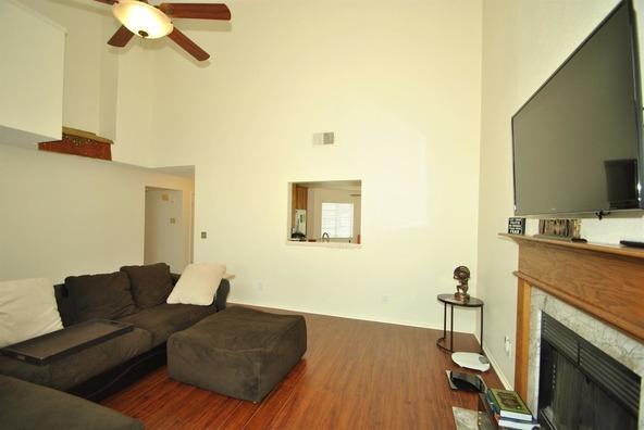 5136 W. Los Altos Avenue, Fresno, CA 93722 Photo 7