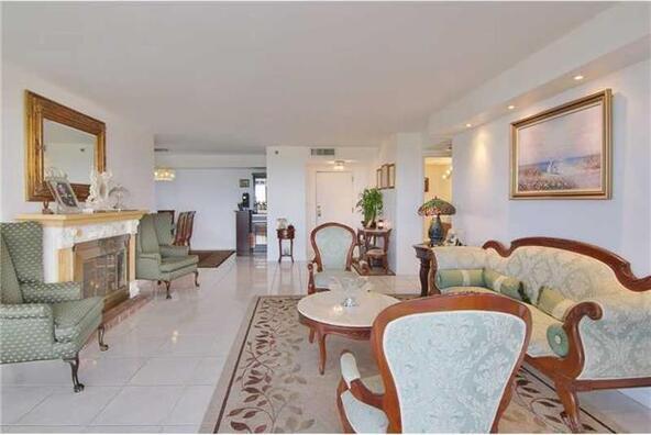 1000 Quayside Terrace # 1701, Miami, FL 33138 Photo 24