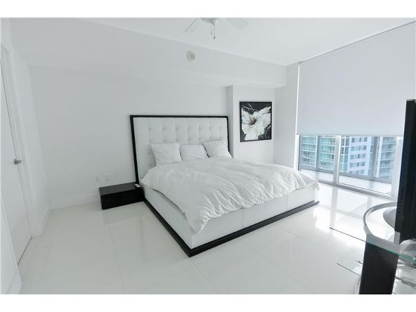 485 Brickell Ave., Miami, FL 33131 Photo 11