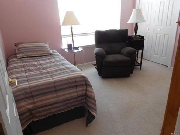 170 Highwood Dr., New Windsor, NY 12553 Photo 5