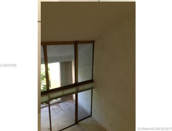2400 Brickell Ave., Miami, FL 33129 Photo 3