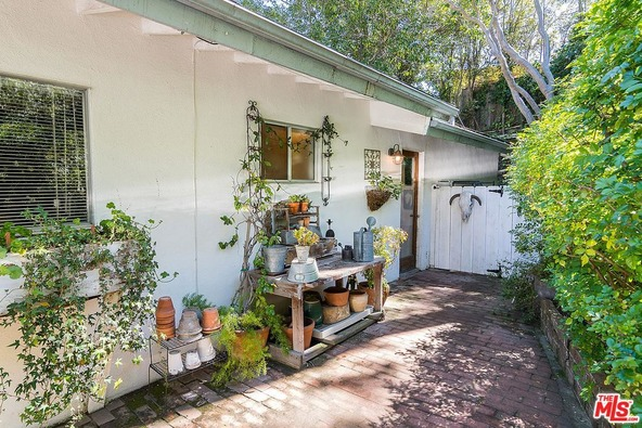 1019 Kenfield Ave., Los Angeles, CA 90049 Photo 38