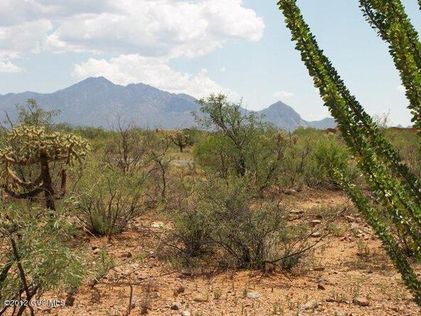 677 E. Canyon Rock Rd., Green Valley, AZ 85614 Photo 8